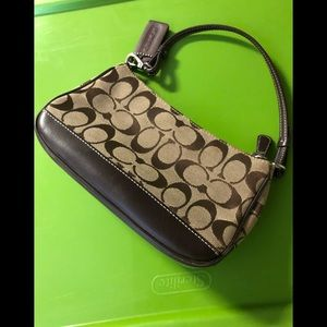Coach purse like new authentic real!!